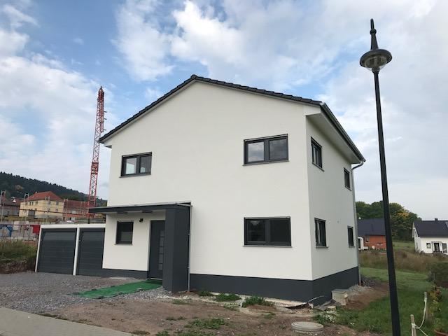 Rohn Co Gmbhvier Wohnhauser Mit Einer Rohn Erdwarmeheizung In